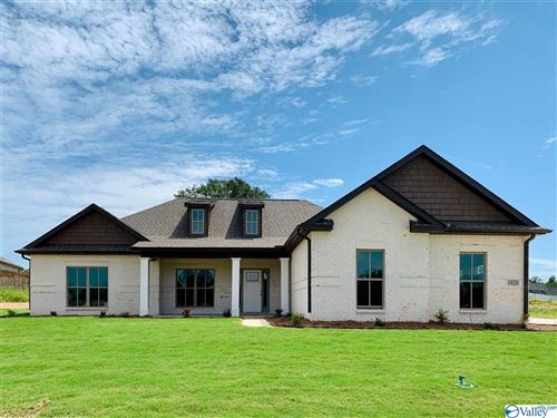 Photo of 1820 SE MEADOWBROOK DRIVE SE, CULLMAN, AL 35056 (MLS # 1140933)