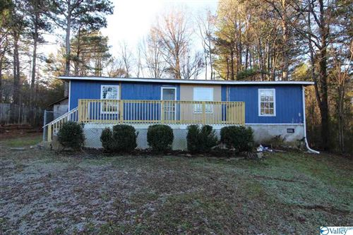 Photo of 900 FRED TERRY ROAD, LOCUST FORK, AL 35097 (MLS # 1133939)