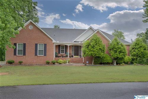 Photo of 400 PINE NEEDLE TRACE, GUNTERSVILLE, AL 35976 (MLS # 1140943)
