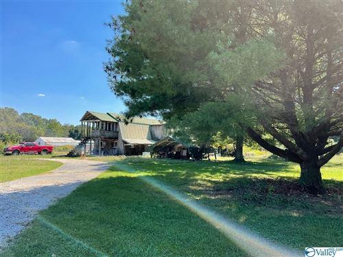 Photo of 27670 Batrumville Road, Toney, AL 35773 (MLS # 1791953)