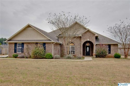 Photo of 16607 WOODHAVEN DRIVE, ATHENS, AL 35613 (MLS # 1137962)
