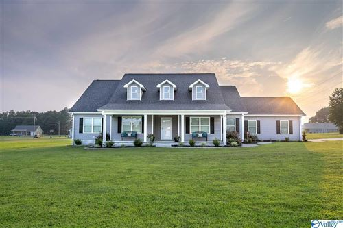 Photo of 80 Emery Circle, Section, AL 35771 (MLS # 1786987)