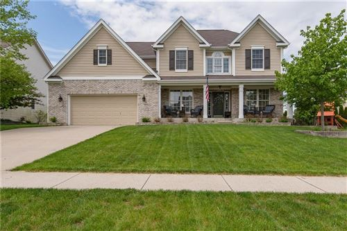 Photo of 3700 Weather Stone Crossing, Zionsville, IN 46077 (MLS # 21712001)