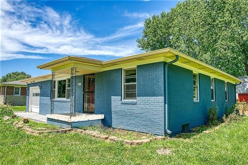 Photo of 2240 East Thompson Road, Indianapolis, IN 46227 (MLS # 21730002)