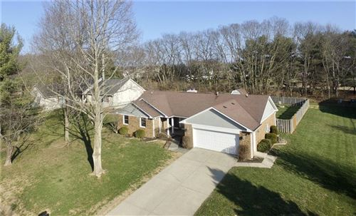 Photo of 481 South Windmill Trail, Greenwood, IN 46142 (MLS # 21763008)