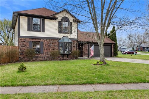Photo of 6213 Glenshire Lane, Indianapolis, IN 46237 (MLS # 21701009)