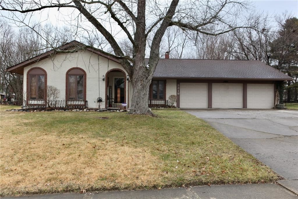 3318 Shadow Brook Drive, Indianapolis, IN 46214 - #: 21761009