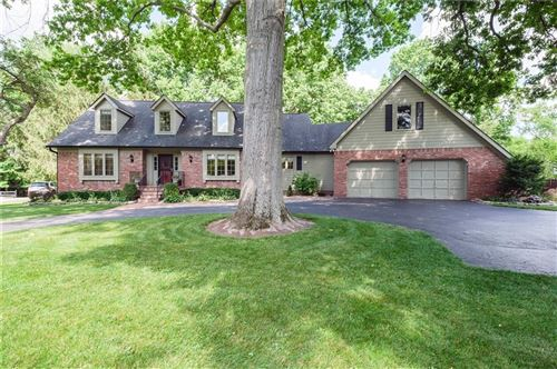 Photo of 615 Mulberry Street, Zionsville, IN 46077 (MLS # 21792014)