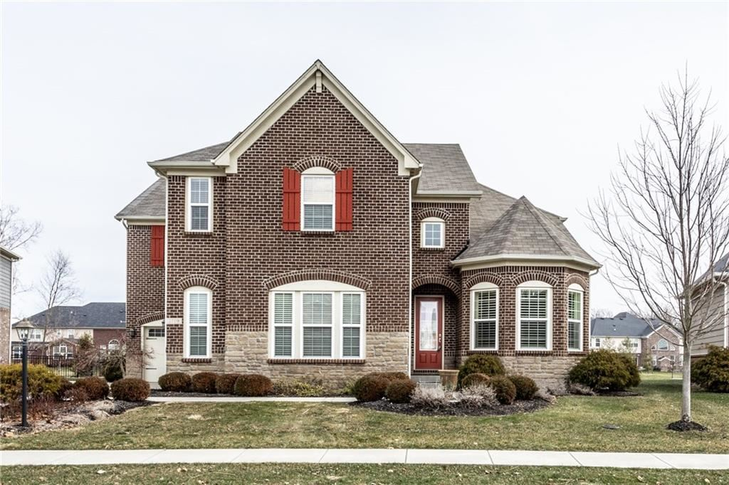 2709 East HIGH GROVE Circle, Zionsville, IN 46077 - #: 21690021