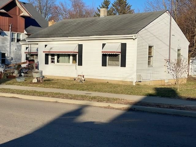 260 North 5th Street, Middletown, IN 47356 - #: 21696022