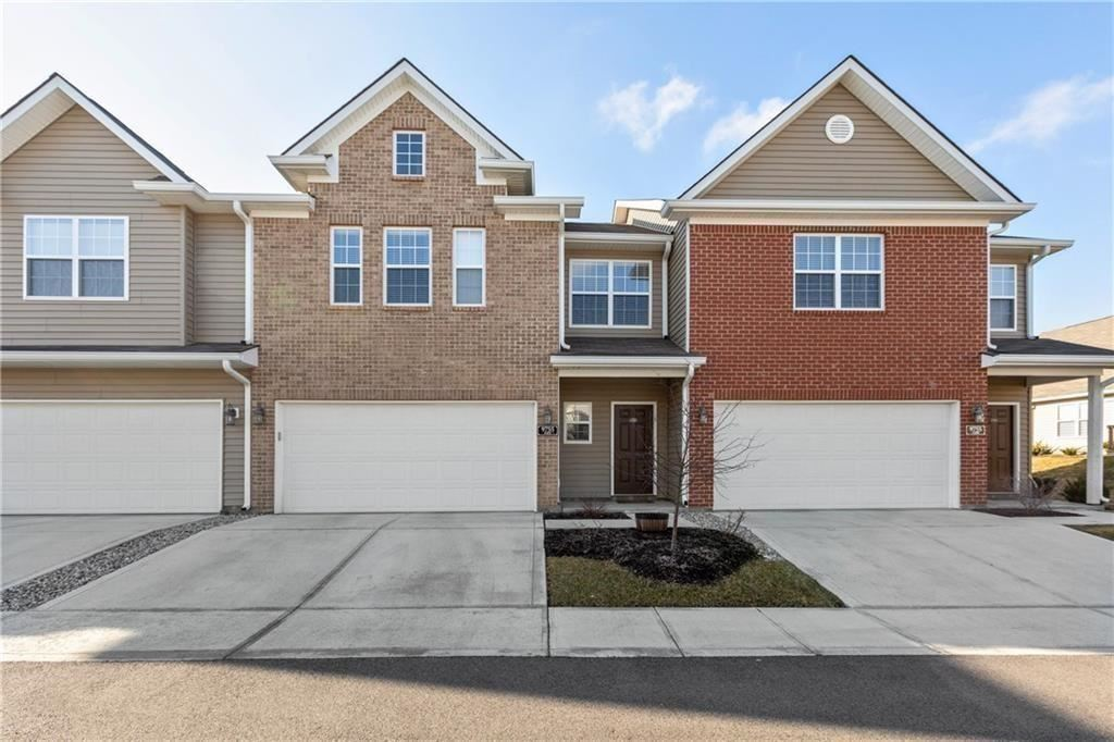 9737 Thorne Cliff Way #105, Fishers, IN 46037 - #: 21691023