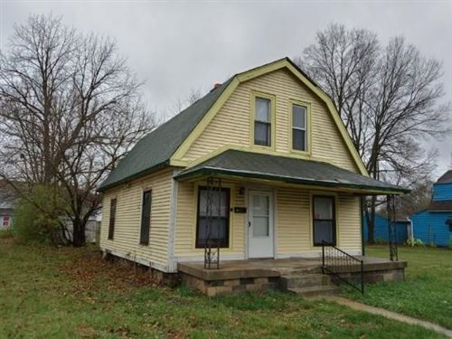 Photo of 1055 West Roache Street, Indianapolis, IN 46208 (MLS # 21755027)
