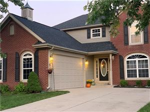 Photo of 275 Lazy Hollow, Brownsburg, IN 46112 (MLS # 21664028)