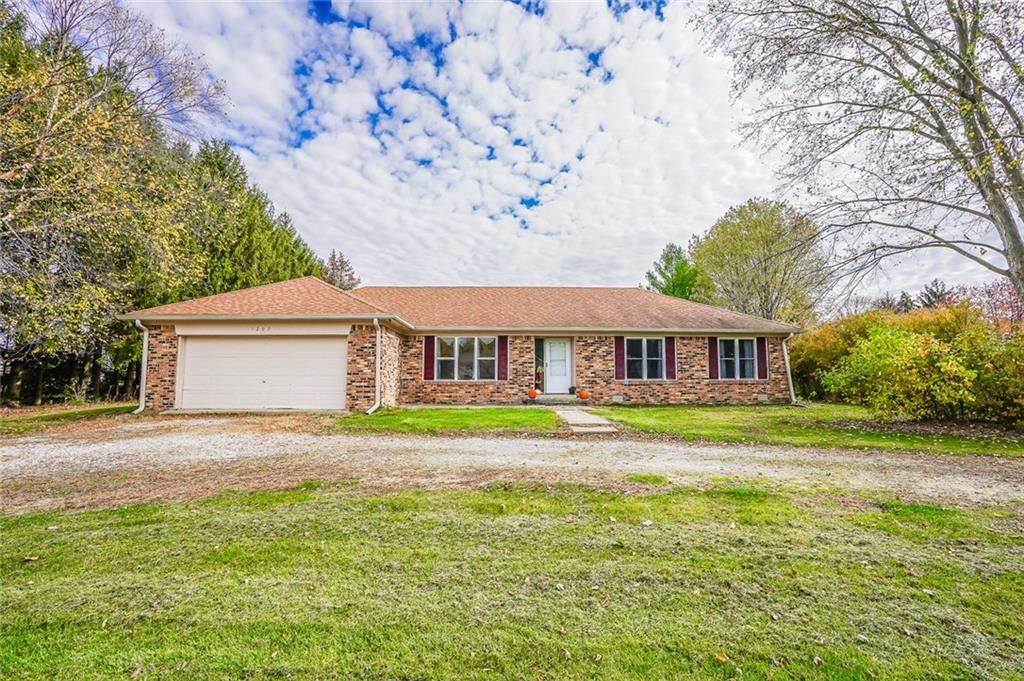 1207 South Heron E Drive, New Palestine, IN 46163 - #: 21680029