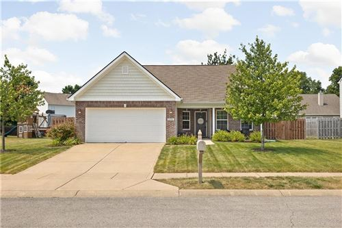 Photo of 5380 Goodwin Street, Indianapolis, IN 46234 (MLS # 21805033)