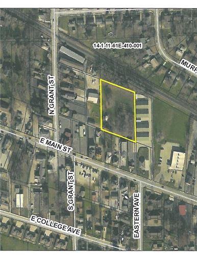 Photo of 418 East Main Street, Brownsburg, IN 46112 (MLS # 21752035)