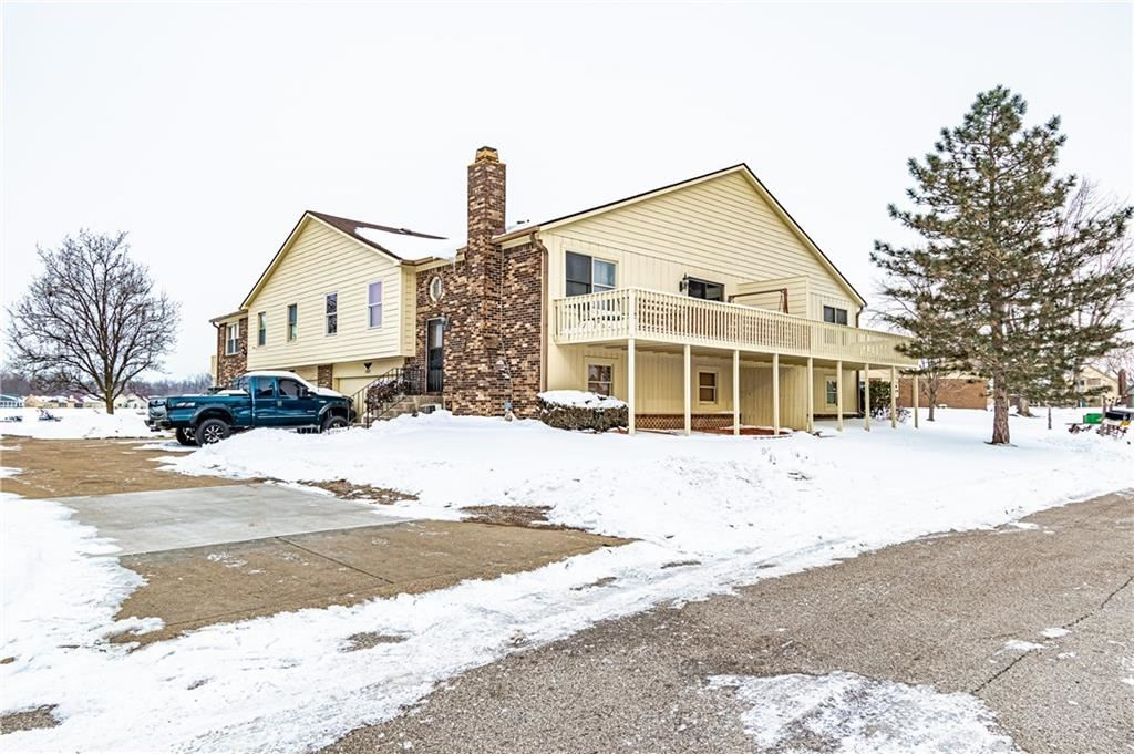 Photo of 1847 Crystal Bay East Drive, Plainfield, IN 46168 (MLS # 21770036)