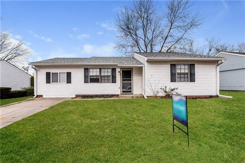 Photo of 5326 Yucatan Drive, Indianapolis, IN 46237 (MLS # 21685037)