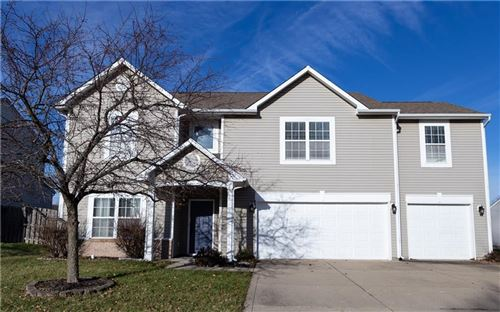 Photo of 1098 Saint Charles Place, Greenwood, IN 46143 (MLS # 21688041)