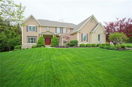 Photo of 10205 Hickory  Ridge Drive, Zionsville, IN 46077 (MLS # 21781047)