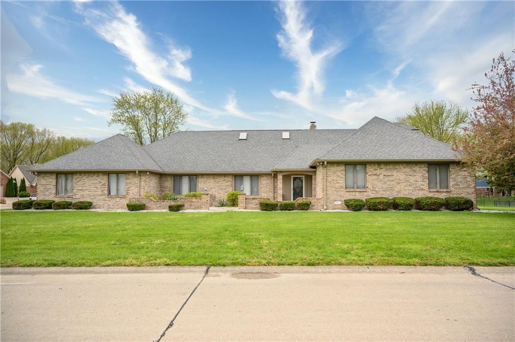 1896 South Fox Ridge Avenue, Greenwood, IN 46143 - #: 21705049