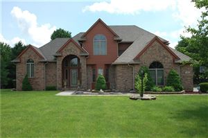 Photo of 1163 North Creekview, Greenfield, IN 46140 (MLS # 21623051)