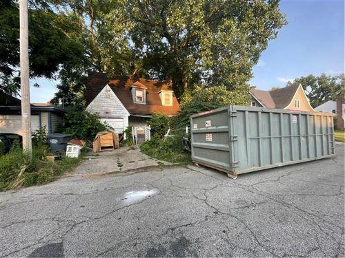 Photo of 1310 Dewey Street, Anderson, IN 46016 (MLS # 21798052)