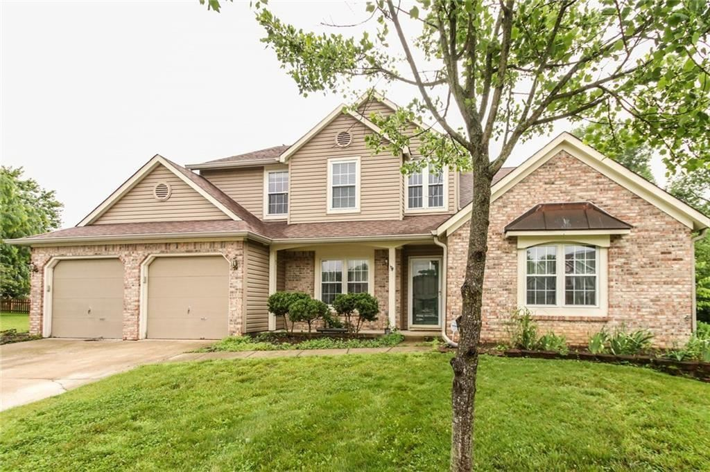 Photo of 10683 NORTHFIELD Place, Fishers, IN 46038 (MLS # 21699052)