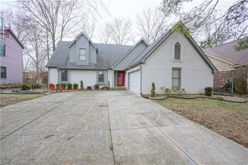 Photo of 7632 PINESPRINGS W Drive, Indianapolis, IN 46256 (MLS # 21691054)