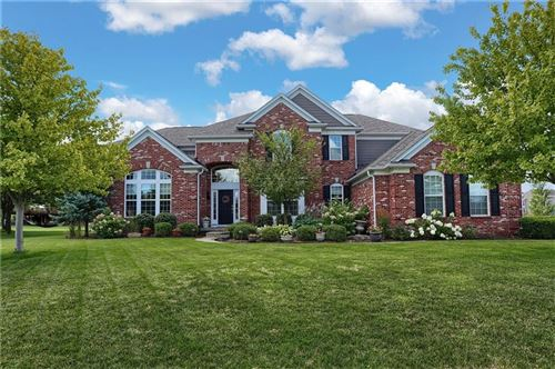 Photo of 5012 Pebblepointe Pass, Zionsville, IN 46077 (MLS # 21730058)