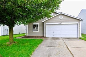 Photo of 6822 EARLSWOOD, Indianapolis, IN 46217 (MLS # 21647060)