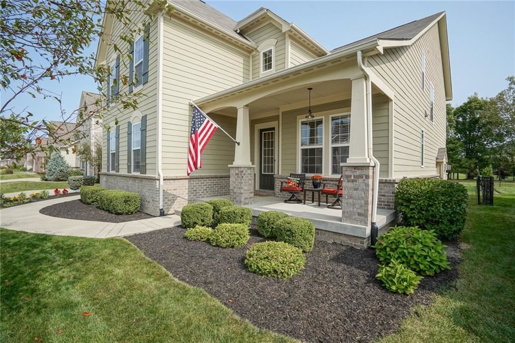 2705 East HIGH GROVE Circle, Zionsville, IN 46077 - #: 21739060