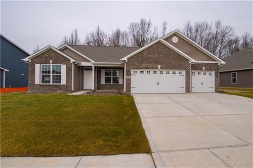 Photo of 1693 Foudray S, Avon, IN 46123 (MLS # 21642066)