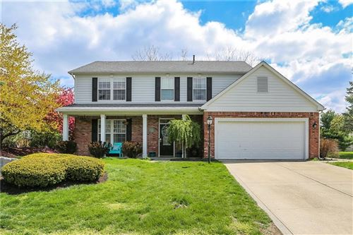 Photo of 1601 Woodstock Drive, Brownsburg, IN 46112 (MLS # 21781067)