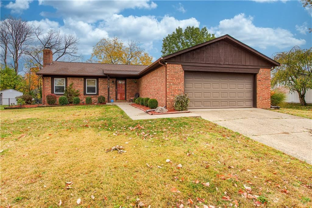 6725 LAKEKNOLL Drive, Indianapolis, IN 46220 - #: 21749067
