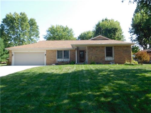 Photo of 135 Hickory, Greenwood, IN 46142 (MLS # 21661074)