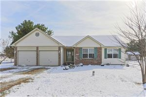 Photo of 2287 East 500 North Road, Greenfield, IN 46140 (MLS # 21681076)