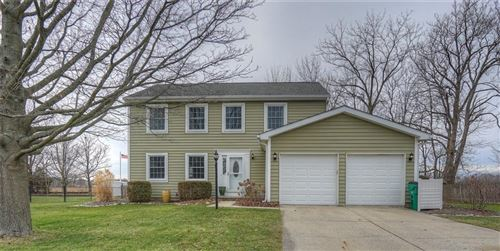 Photo of 934 Farmview Lane, Carmel, IN 46032 (MLS # 21688076)