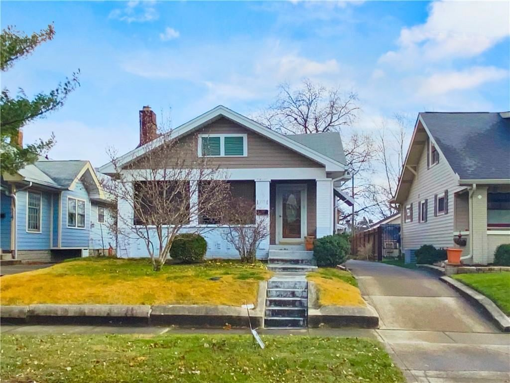 327 North RIDGEVIEW Drive, Indianapolis, IN 46219 - #: 21757079