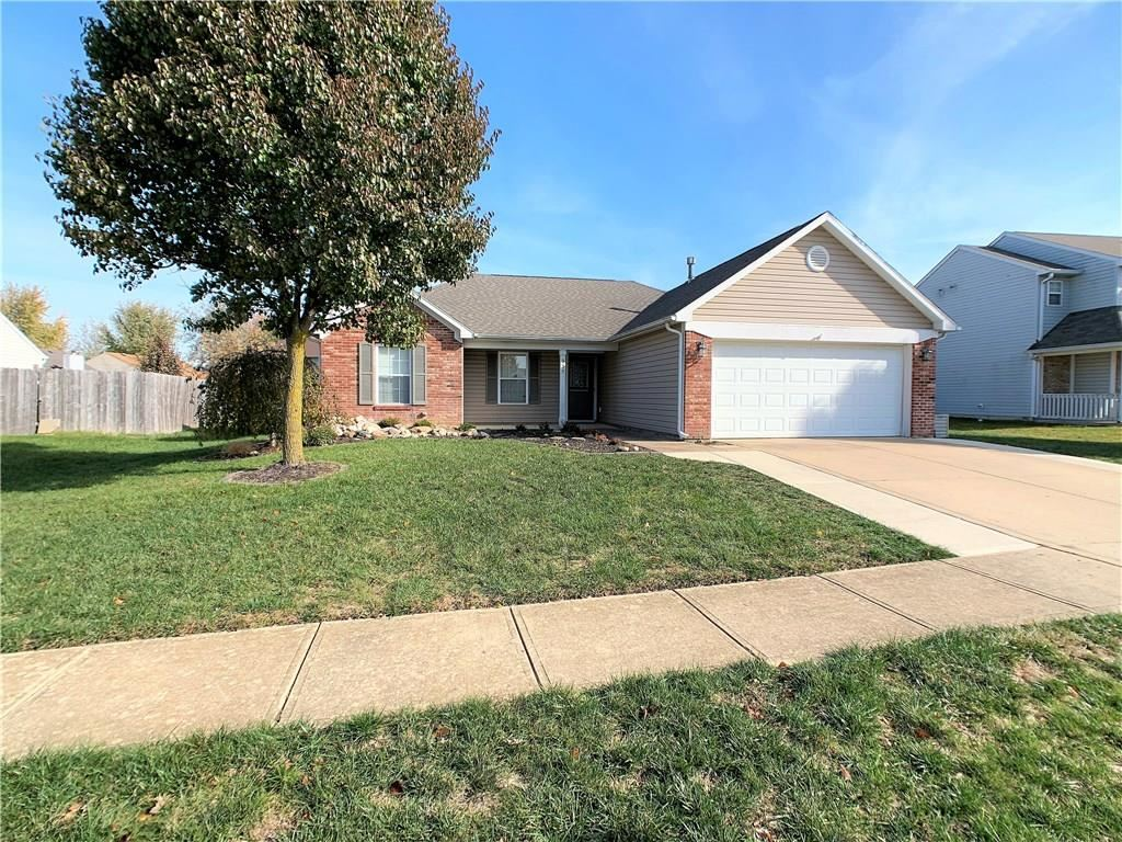 935 South Shore Court, Franklin, IN 46131 - #: 21679082
