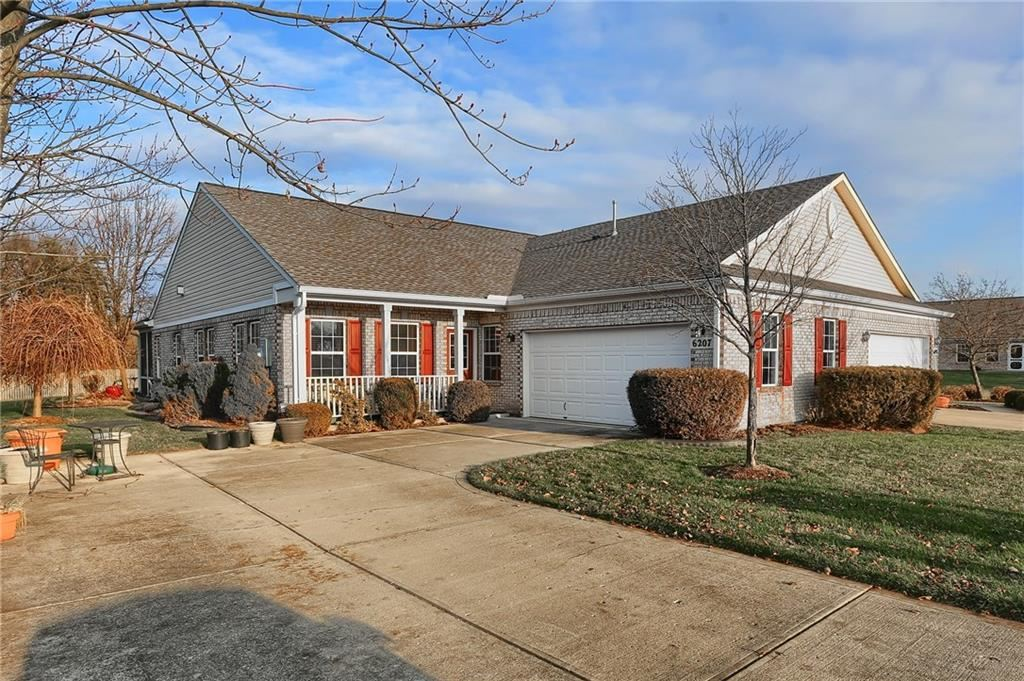 6207 Oakmont Circle, Indianapolis, IN 46234 - #: 21686082