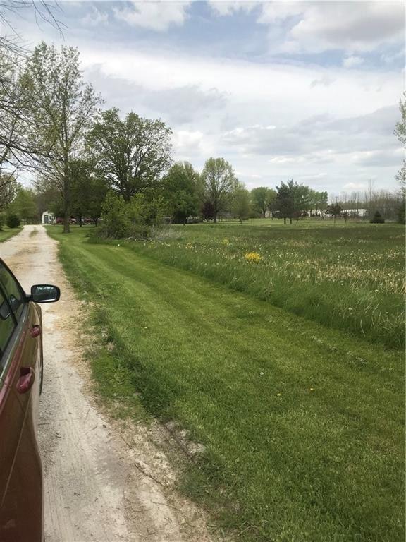 Photo of 3080 North ST RD 267 N Road, Brownsburg, IN 46112 (MLS # 21759086)