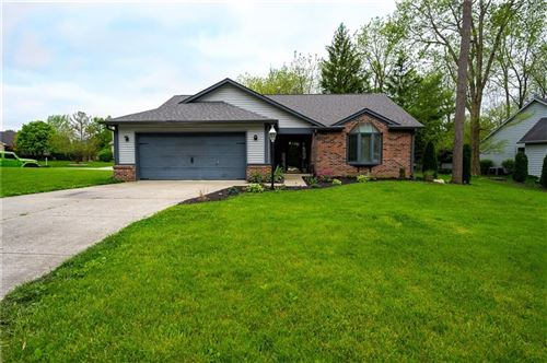 Photo of 12011 Seven Oaks N Drive, Indianapolis, IN 46236 (MLS # 21715087)