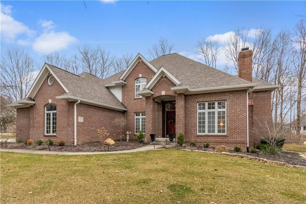 11833 Old Stone Drive, Indianapolis, IN 46236 - #: 21697088