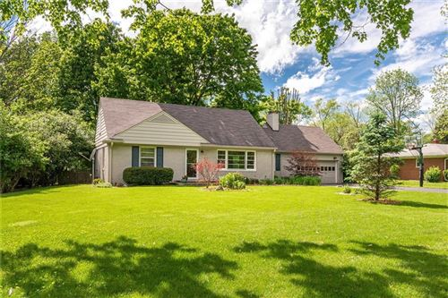 Photo of 1034 Oakwood Trail, Indianapolis, IN 46260 (MLS # 21715091)