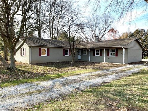 Photo of 2258 West Country Club Road, Crawfordsville, IN 47933 (MLS # 21685094)