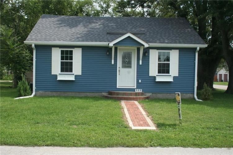 989 South Colfax, Martinsville, IN 46151 - #: 21666095