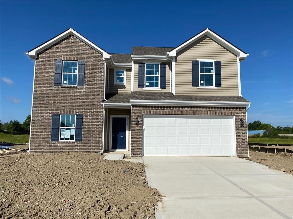 2596 Fall Court, Indianapolis, IN 46229 - #: 21711095
