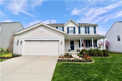 Photo of 6612 Smithfield Drive, Indianapolis, IN 46237 (MLS # 21783096)