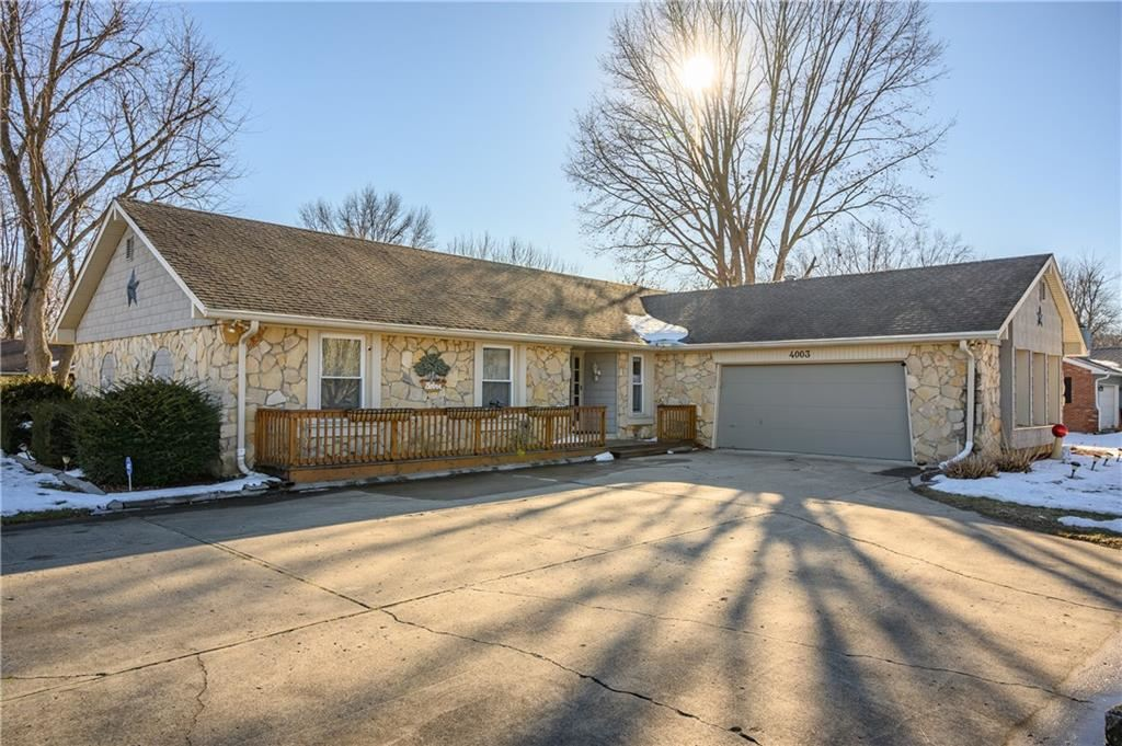 4003 West Fairview Road, Greenwood, IN 46142 - #: 21768097